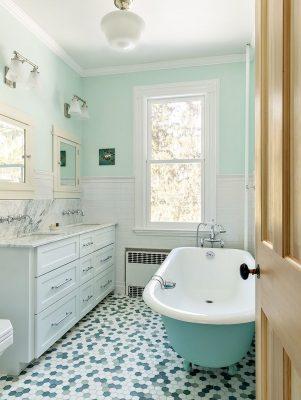 حمام با رنگ پاستلی